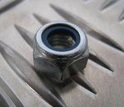 Vering - Freelander 1 - NY108041L - Nut selflocking