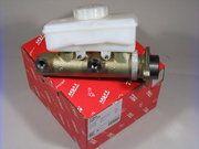 Remmen - Defender 1983-2006 - NRC8690 - Brake master cylinder